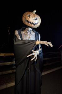 scary pumpkin man