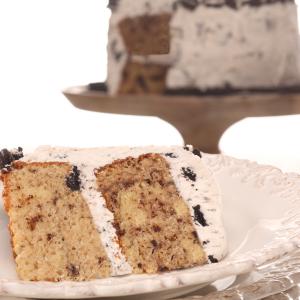 Bumbalooza Cookies & Cream Cake