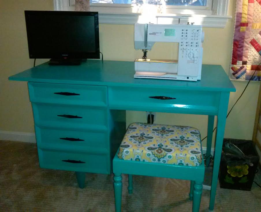 Lila HOME Desk After