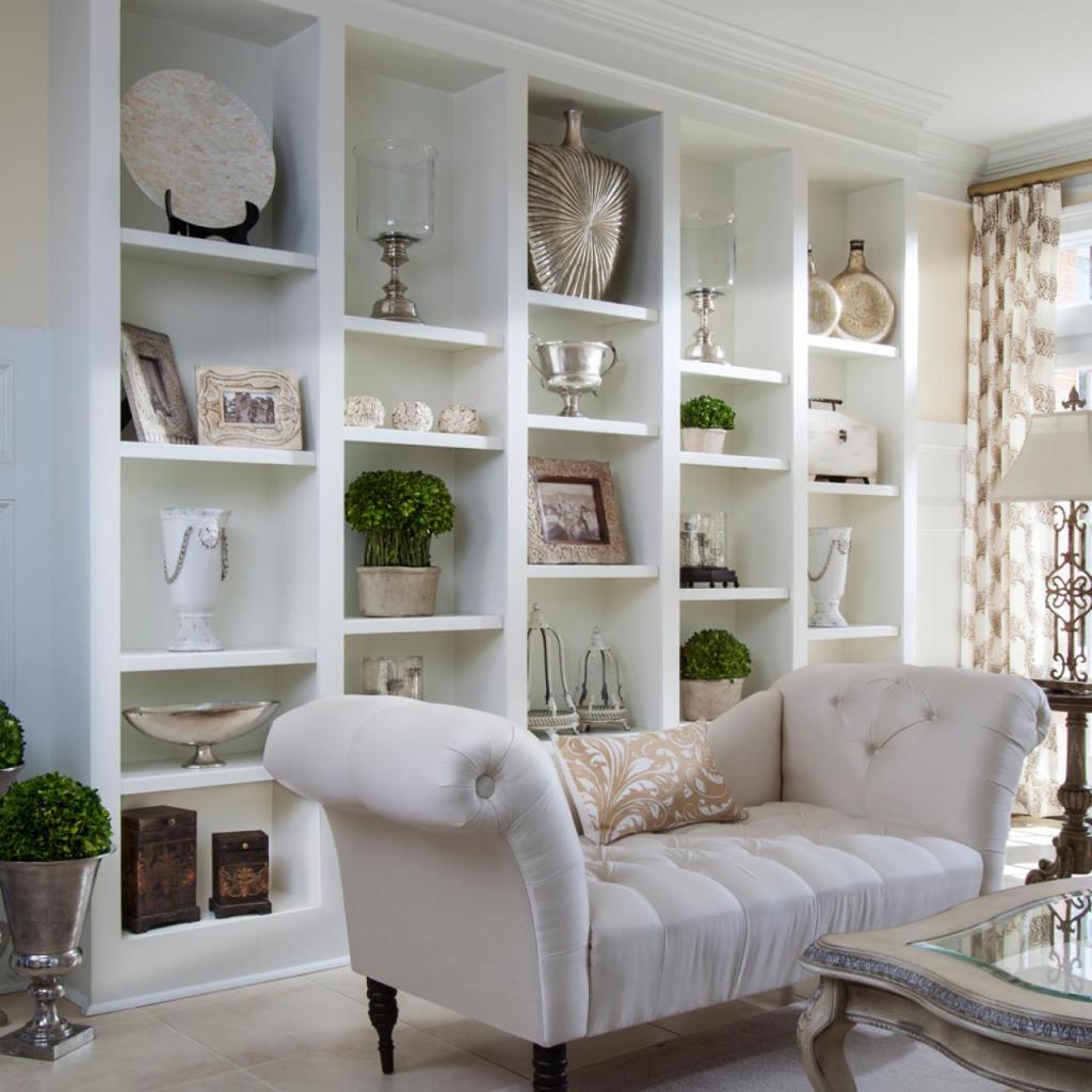 FFOD_Lauren-Clement_Russell-Home-Conservatory-bookshelf.jpg.rend_.hgtvcom.1280.1280-1024x1024