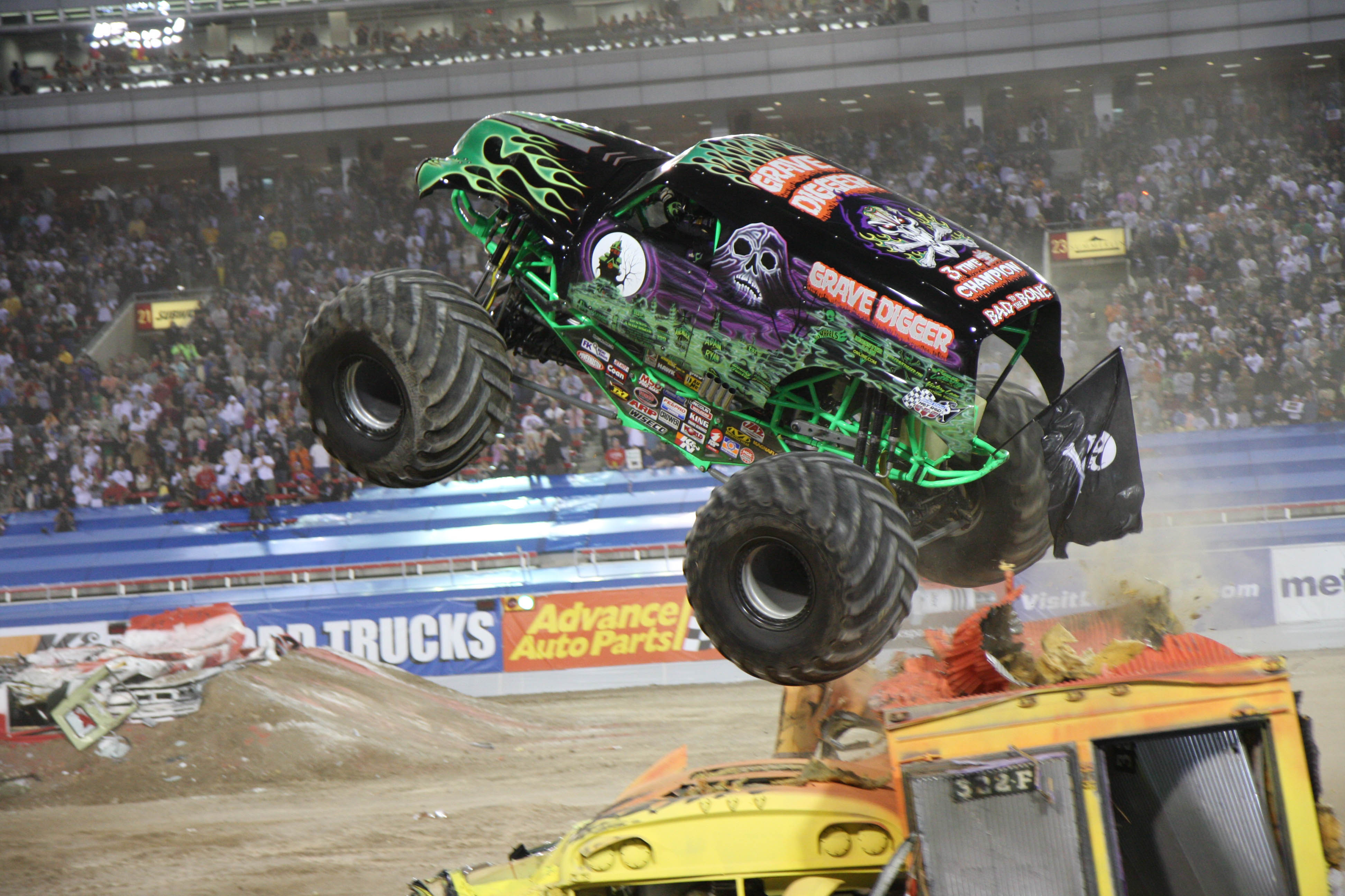 Truck Shows Near Me >> Smarty Giveaway Four Tickets To The Monster Jam Truck Show