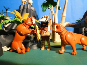 playmobil cavemen