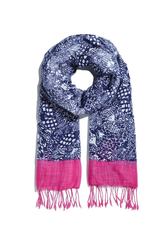 LillyPulitzerforTarget-FringeScarf-Upstream