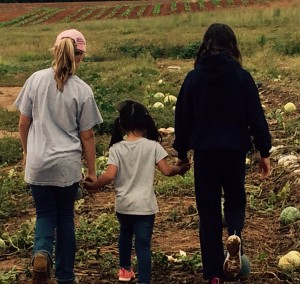 Palisades Episcopal gleaning.girls2