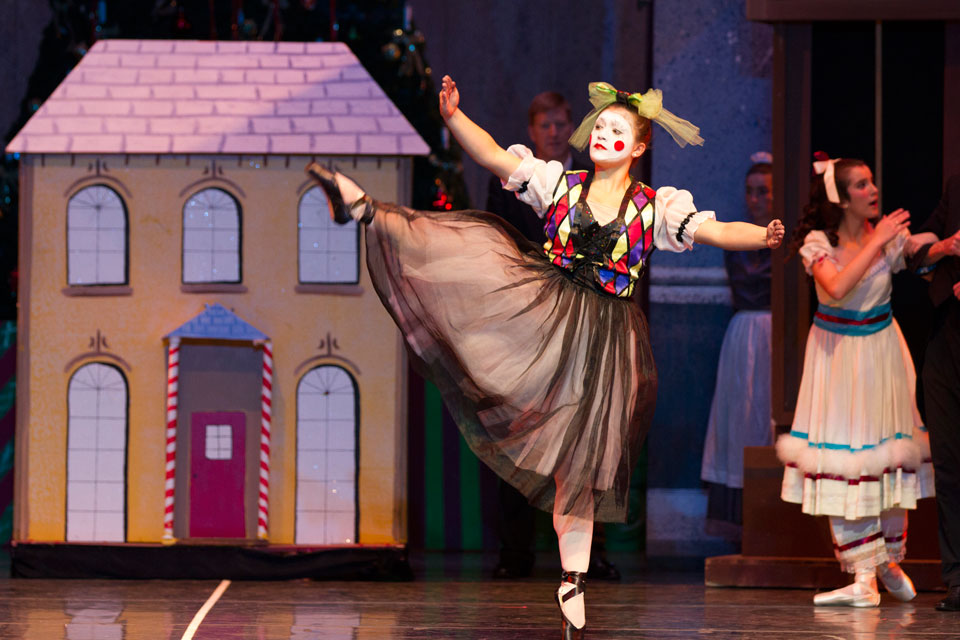 charlotte-youth-ballet-nutcracker-20131204-185759