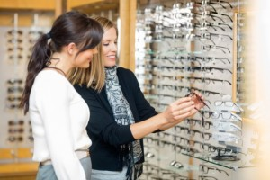 women-purchasing-glasses-at-an-optical-shop