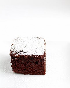 Emergency Chocolate Cake with Powdered Sugar CSP