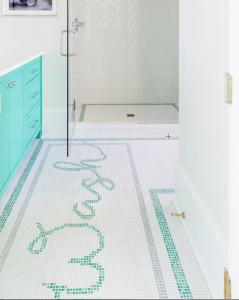 Design by Lori Paranjape of Mrs. Paranjape Design + Interiors (http://mrsparanjape.com) | Photo by Kristen Mayfield